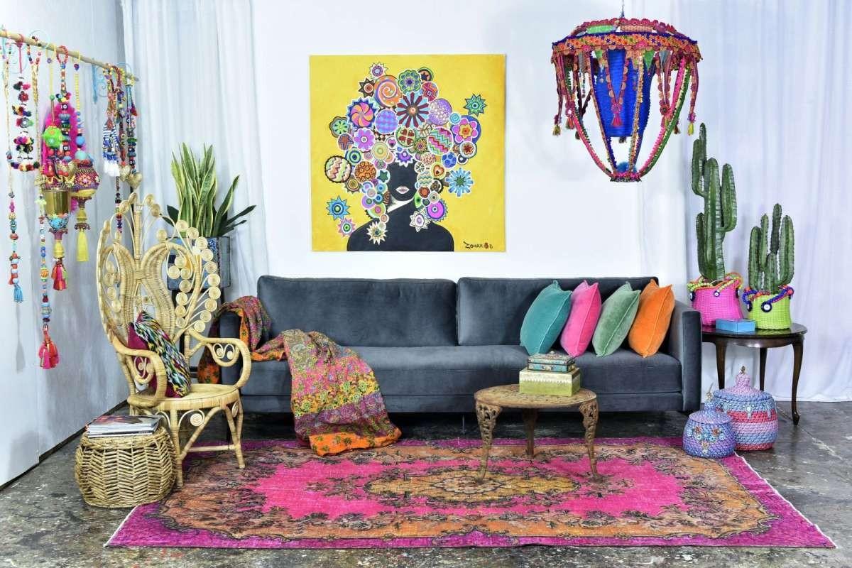 שטיח וינטג' תלת מימדי: מיקלולה – גלריה לעיצוב חדרים.    המעצב זהרימון חג'ג' בפרוייקט משותף של הגלריה עם מגאזין WALLS.  צילום: יוגב עמרני